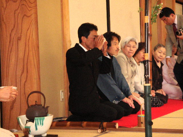 佛桑花の会・感謝・茶と花の会