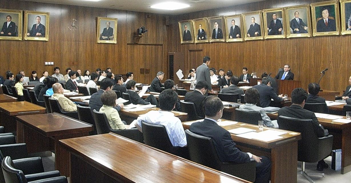 石綿健康被害救済法改正案・・・委員会可決