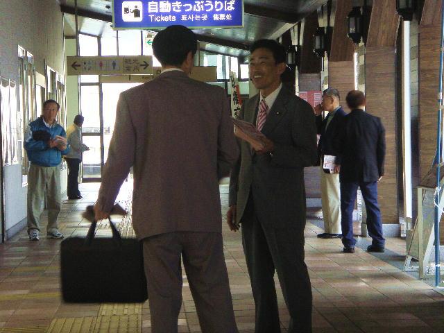 JR長浜駅立ち