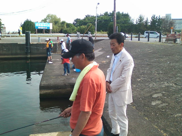 連合滋賀青年局委員会・びわ湖クリーンフィッシング大会(彦根会場)