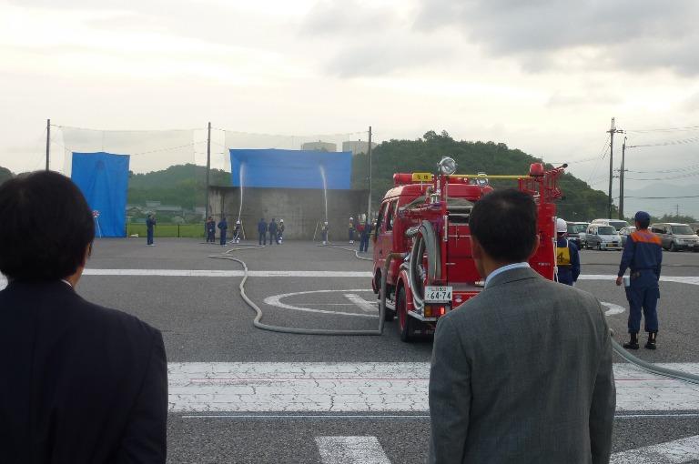 消防ポンプ操作訓練激励