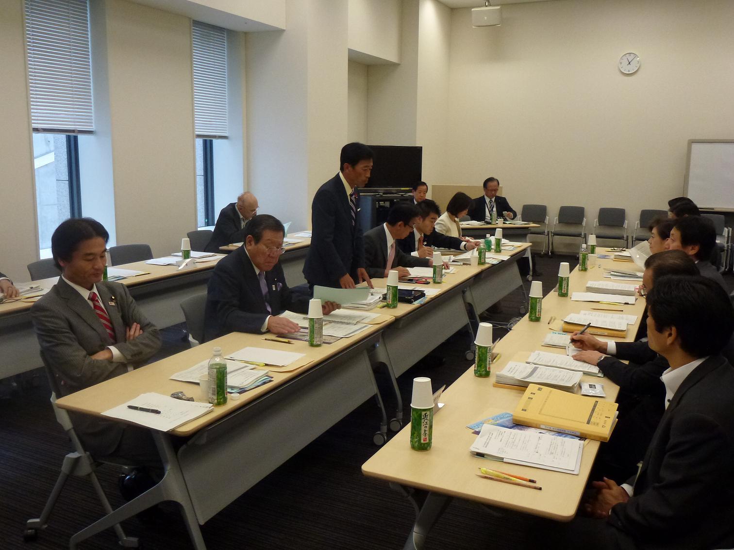 滋賀県知事と「政策提言に関する意見交換会」
