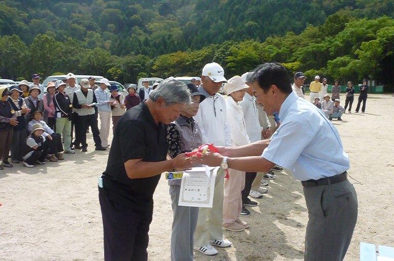 田島一成後援会グラウンドゴルフ交流大会in荒神山(3)