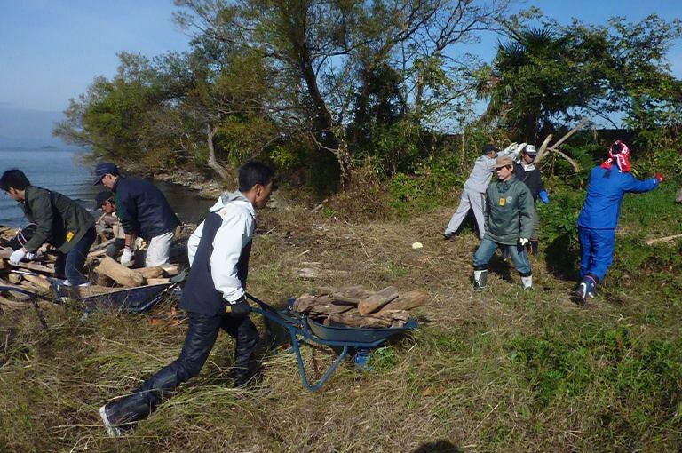 琵琶湖清掃ボランティア